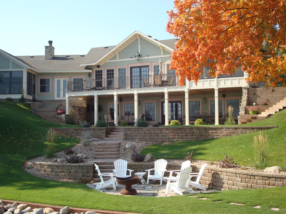 lake-home-retaining-walls